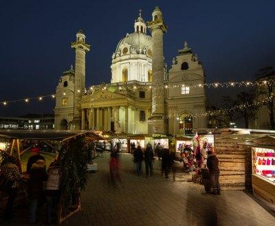 Freunde edlen Kunsthandwerks sind auf dem Adventmarkt am Karlsplatz (geöffnet bis 23. Dezember) an der richtigen Adresse.