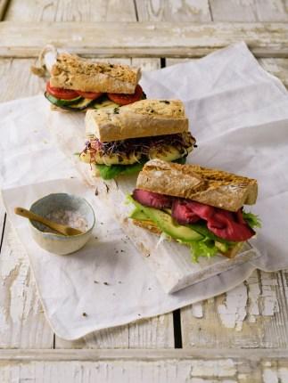Bei den Füllungen sind der Kreativität keine Grenzen gesetzt: Von Roastbeef über von Halloumi-Käse bis hin zu Avocado-Tartar ist vieles möglich.