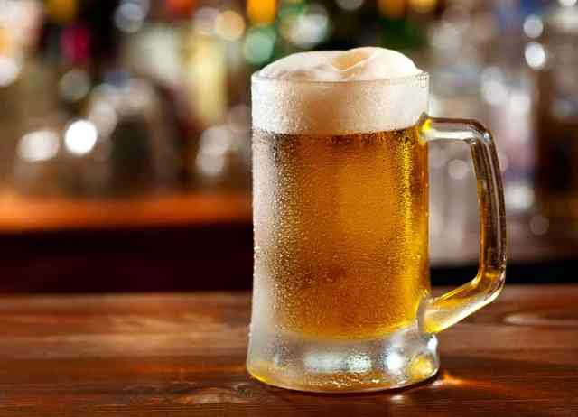 Handwerksbier Österreich Mit rund 385 Millionen Euro pro Jahr ist Bier nach Wein die umsatzstärkste Kategorie.