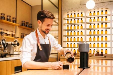 Nespresso Atelier Wien Im Coffee Lab können Besucher neue Möglichkeiten des Kaffeegenusses kennenlernen.
