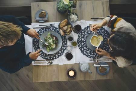 Gastronomie gegen Zutrittstests in Gastgärten Wenn die Gastronomie Mitte Mai wieder öffnet, muss das in jedem Fall auch für Indoor-Bereiche gelten.