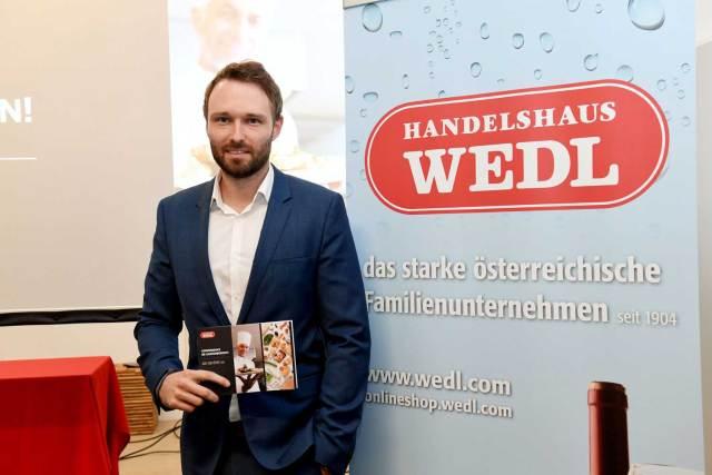 Convenience ist auf dem Vormarsch Lorenz Wedl, Sprecher und Teil der Geschäftsführung des Handelshaus Wedl, bei der Präsentation des neuen Wedl Food Reports.
