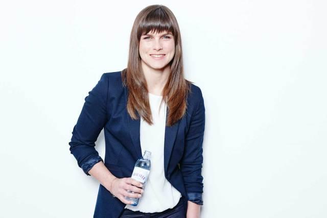 BU: Vöslauer-Verkaufsleiterin Gastronomie Sarah Lindström zeichnet neuerdings auch für den deutschen Markt verantwortlich.
