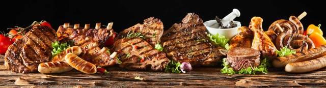 Transparenz am Teller ist durchaus machbar, da bei Fleisch über die gesamte Produktionskette Systeme zur Rückverfolgbarkeit existieren.