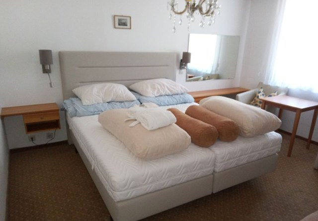 Online-Auktion Hotelausstattungen