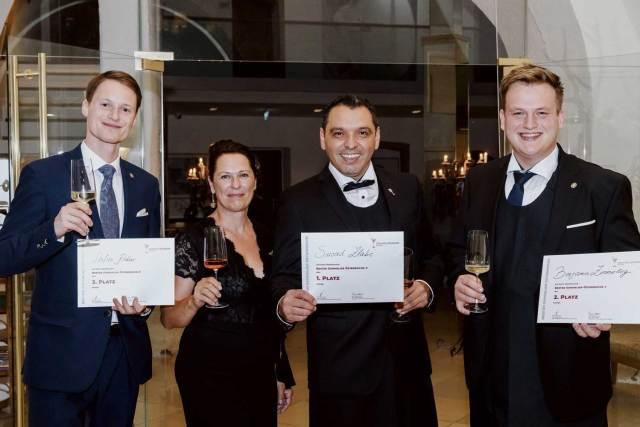 Suvad Zlatic ist neuer Österreichischer Sommelier Staatsmeister! SUA-Präsidentin Annemarie Foidl gratulierte Stefan Klettner, Suvad Zlatic und Benjamin Zimmerling (v. l.) zu ihren Leistungen als Österreichs beste Sommeliers.
