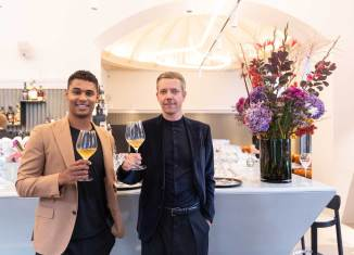Rubin Okotie (l.) und David Figar wollen mit dem Café Bellaria die Wiener Kaffeehaustradition neu interpretieren.