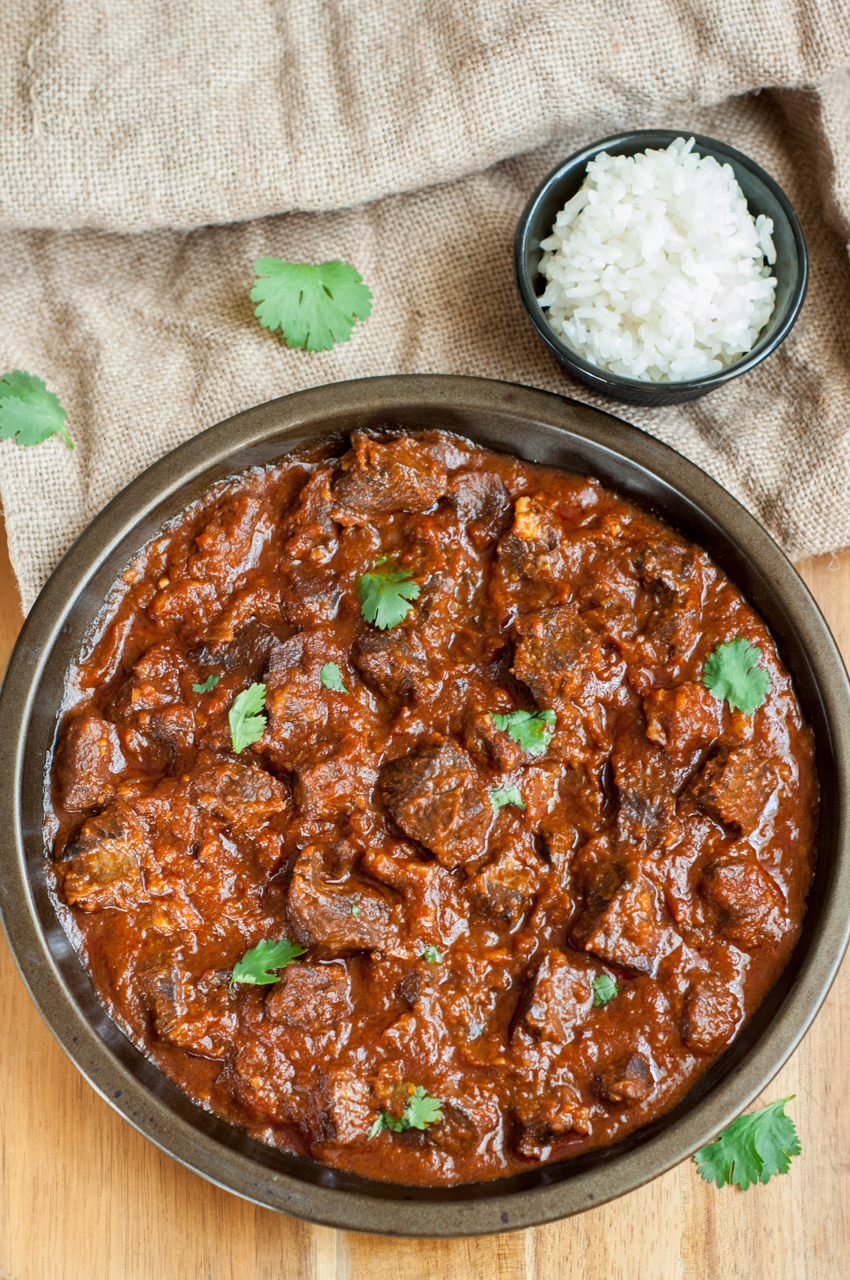 Beef masala curry gastrosenses turn the pressure cooker into saute mode add oil chopped onions garlic spices salt and pepper cook until onions become translucent forumfinder Image collections