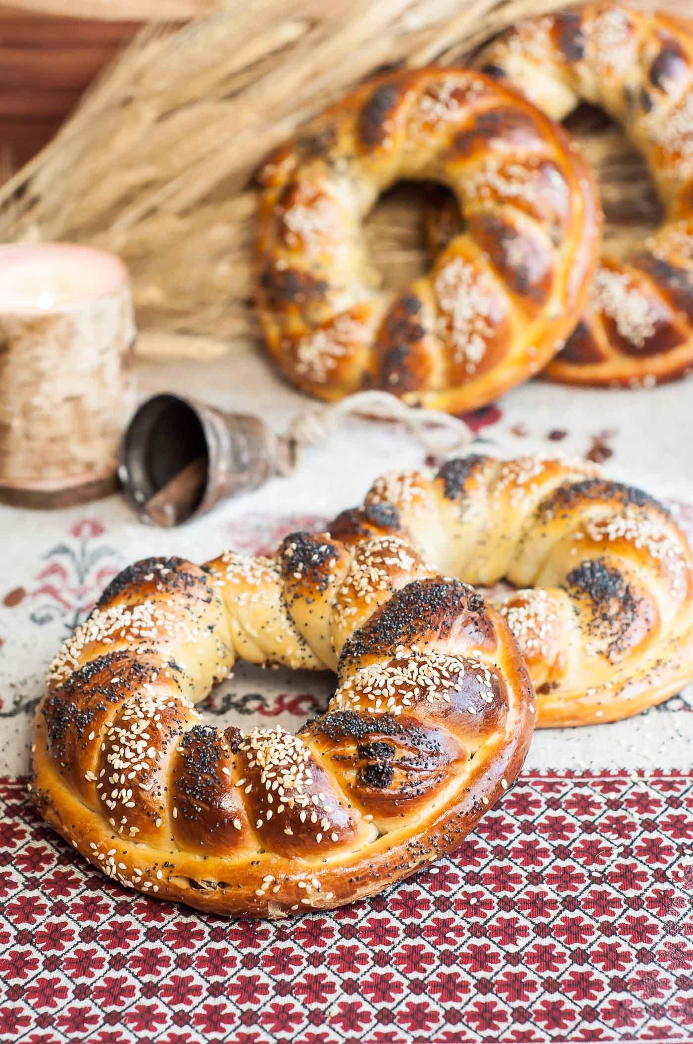 Ukrainian Holiday Bread (Kalach)