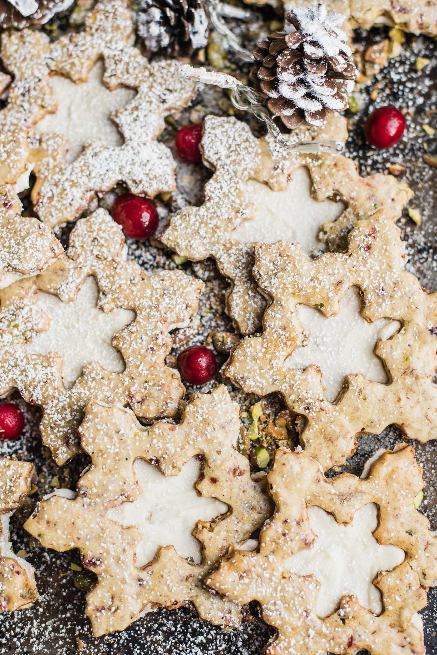 Pistachio Cranberry Snowflake Cookies-1