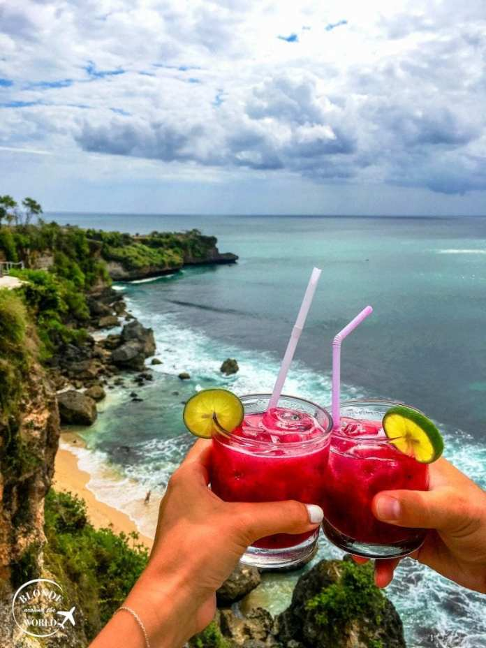 Bali foodie guide- #bali #indonesia #foodie #foodies #travelblog #cocktails #beach #seafood #nasigoreng #travel #island #asia #southeastasia #
