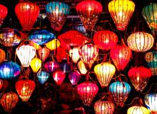 Hoi An Travel Guide- #UNESCO #travelblogger #travel #travelblog #SouthEastAsia #Asia #travelAsia #traveltips #travelphotography #foodie #hoian #vietnam #asian #southeastasia #travel #traveller #travelers #travelblogger #travelinspiration #travelplanning #traveldestination #place #destinations #sights #guide #trip #visiting #tourist #foodtour #streetfood #market
