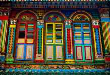 Colourful shophouse Littel India