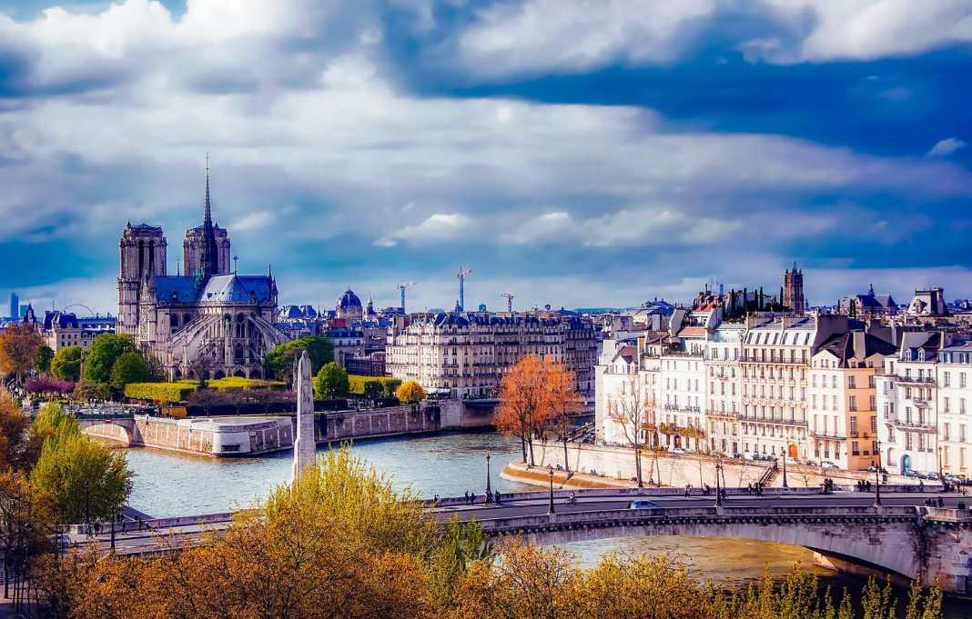 Mistakes to avoid in Paris - #paris #france #mistakes #travel #advice #travelblog #travelblogger