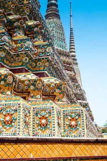 What to do in Bangkok for 2 days - #bangkok #thailand #whattodo #whattosee #travel #travelblog #seasia #markets #skybar # temples #watpo #watarun #grandpalace # Chinatown #streetfood #asiatique #mbk #siamparagon #shopping