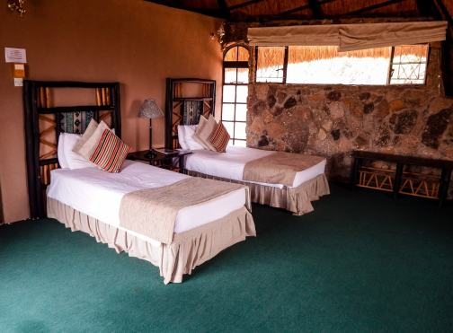 Review of the Matobo Hills Lodge - #matopos #matobo #matobohills #zimbabwe #nationalpark #stay #rhinos #gameviewing #nature #africa #landscape #travel #travelblog