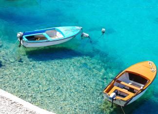 21 reasons to visit Croatia - #croatia #balkans #dubrovnik #split #zagreb #travel #easterneurope #foodie #scuba #nature #sailing #UNESCO #whattodo