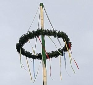 Erster Maibaum wieder zurück in Gatersleben