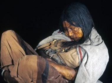 Llullaillaco argentina salta bambini mummie Llullaillaco