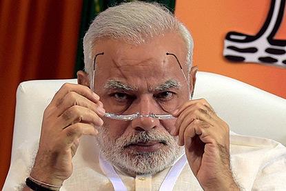 फिल्म शोले के गब्बर जैसा व्यवहार करते हैं नरेंद्र मोदी