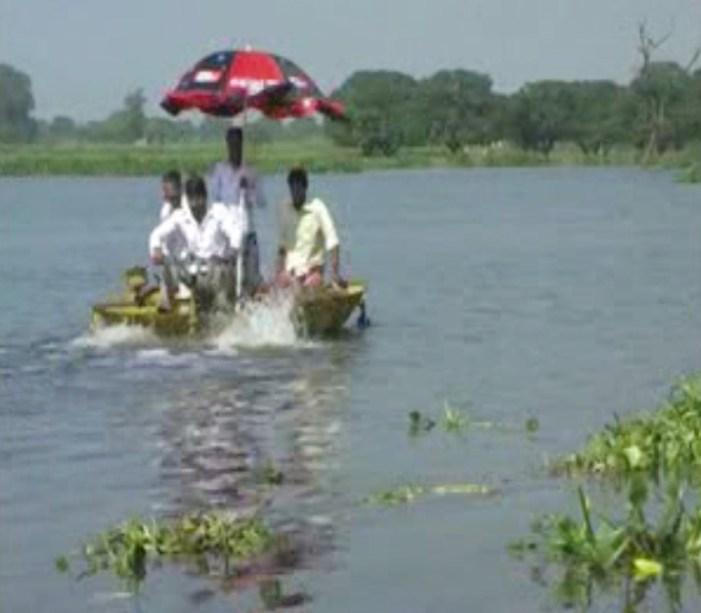 अब सिर्फ चमत्कार, या मुख्यमंत्री ही बचा सकते हैं तालाब