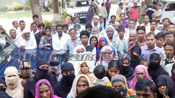 लड़की न खोजने पर प्रदर्शन, फर्रुखाबाद के युवक की हत्या