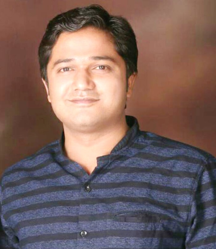 राजनेताओं के निशाने पर थे जूआ कराने वाले भ्रष्ट थानाध्यक्ष रघुराज