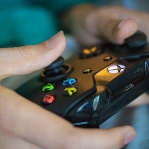משחק אלים דוחף ילדים לאלימות