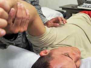תת פריקה של הכתף אבחון וטיפול