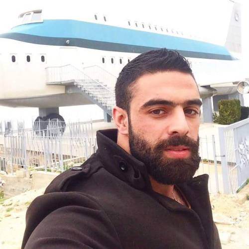 Les gros zobs de 14 arabes baraqués & poilus du Moyen Orient