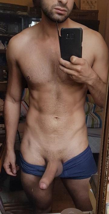 selfie arab nude 27