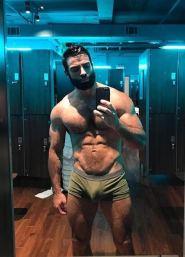 selfie arab nude 31