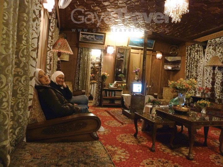 Interior of Shangloo Palace Houseboat
