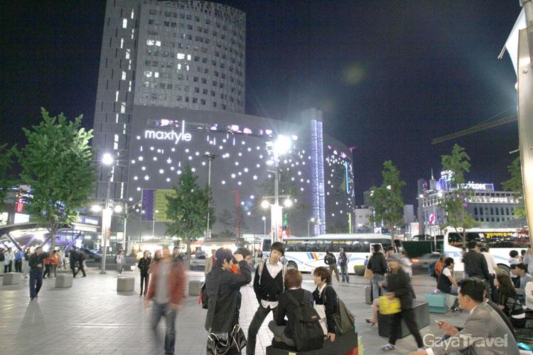 DONGDAEMUN Night Market
