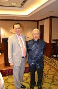 Mr Alfred Paulsen, Director of Operations of Grand Dorsett Subang with YBhg Dato Hj. Zainal Abidin Putih, Chairman Independent Non-Executive of Land & General Berhad