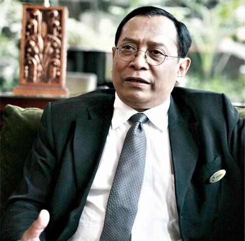 Handrio Utomo – General Manager Grand Royal Panghegar