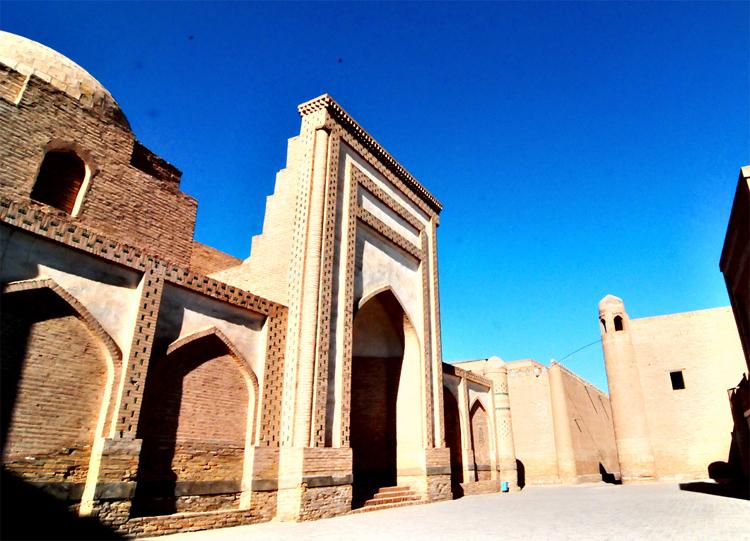 Taskent & Khiva, Uzbekistan From Modern to Ancient