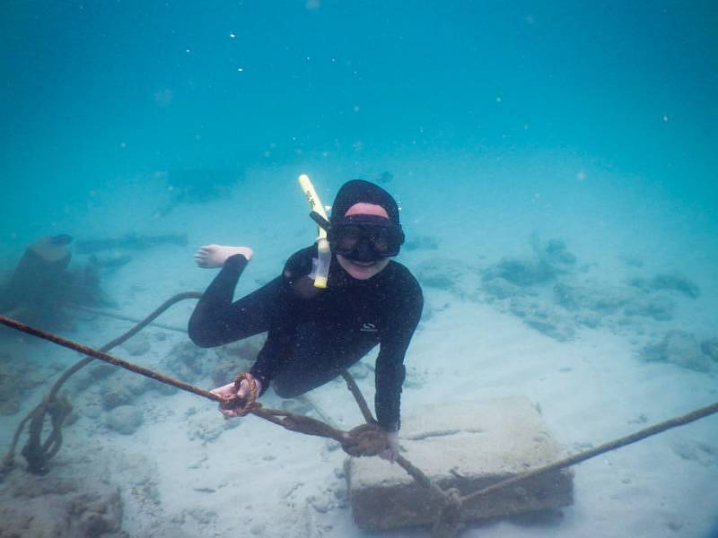 Backpacking in Sabah - Clear underwater experience in each islands