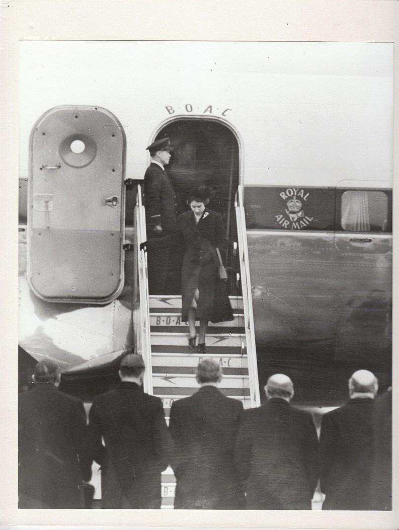 Her Majesty The Queen returs to London Heathrow February 1952 (C) British Airways
