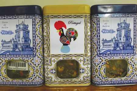 Nicely packaged gourmet tea as fitting souvenirs.