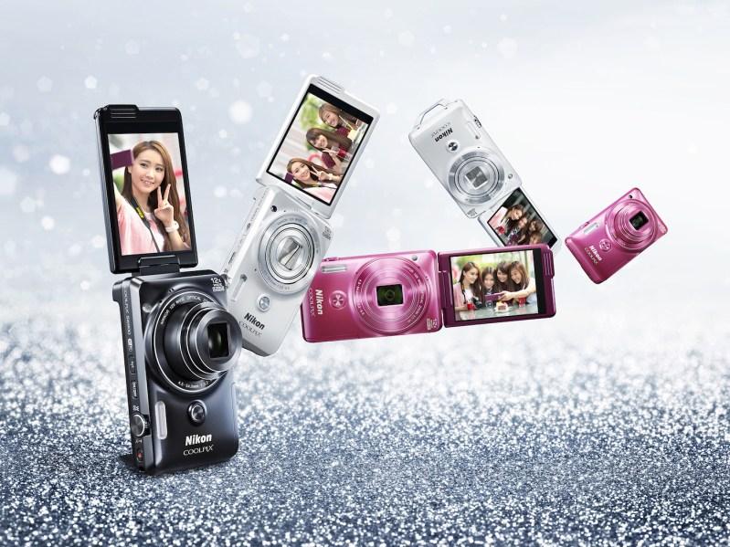 Heightening Travellers' Sense of Sight through Nikon's Coolpix S6900