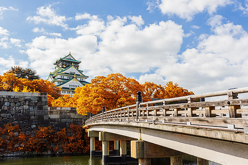 Best Autumn Holiday Spots – South Korea and Japan