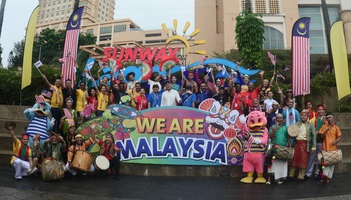 Commemorate Malaysia's 60th Birthday at Sunway Lagoon!