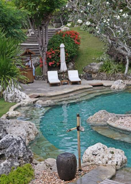 Four Seasons Bali at Jimbaran Bay's pool