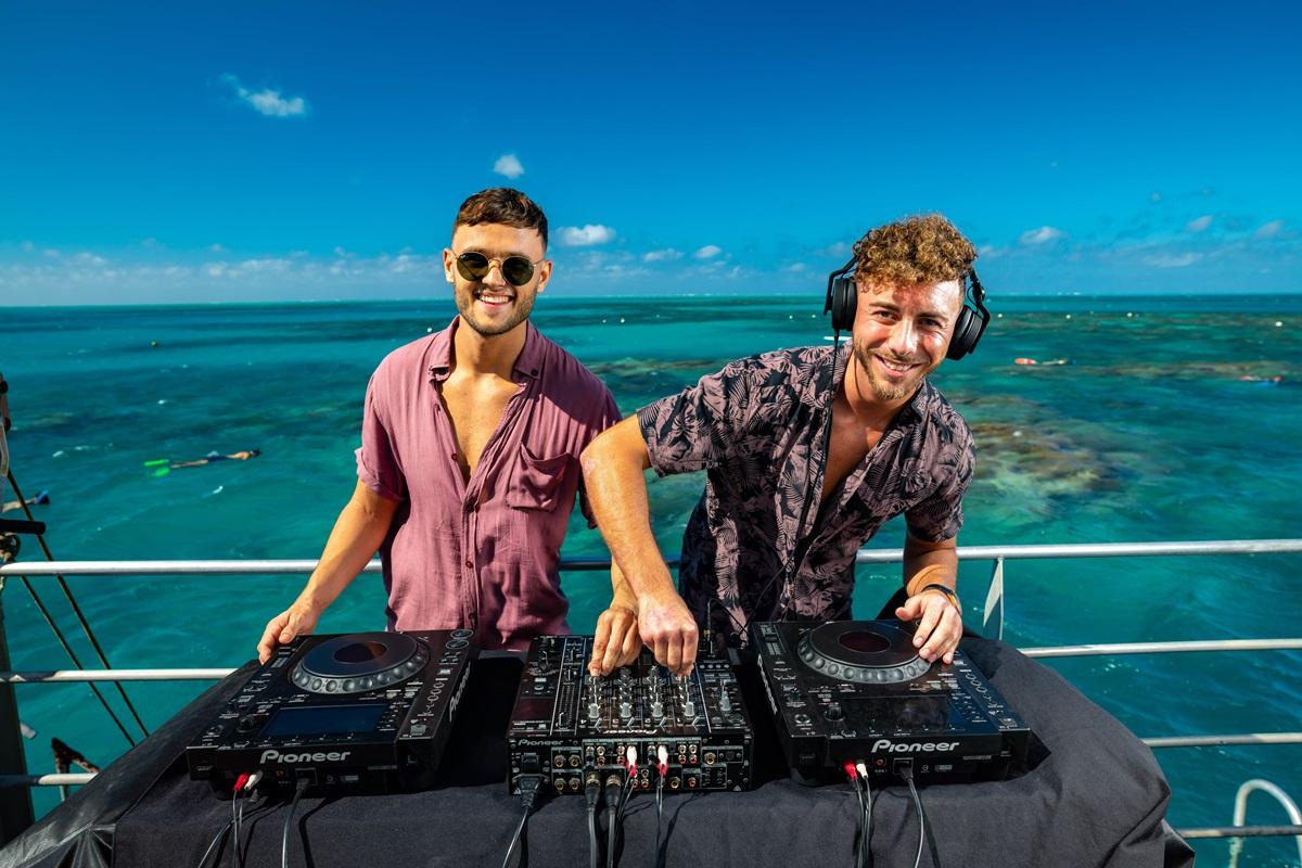 Sunlover Funlover DJs