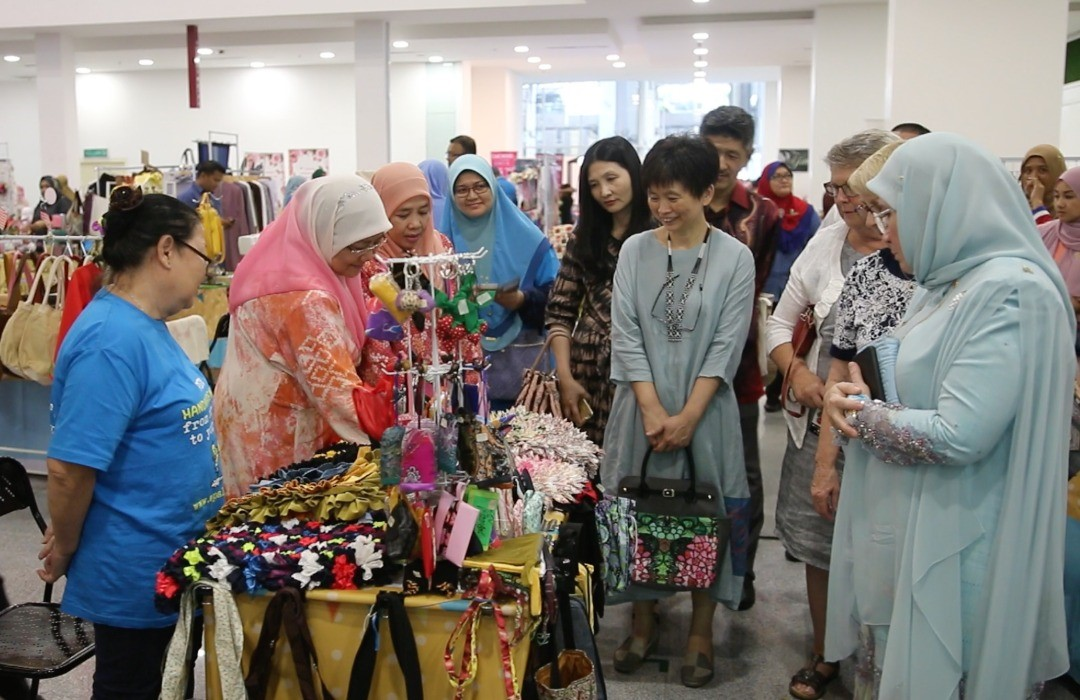 Launching of the Largest Gathering of Artisan Crafters in Malaysia