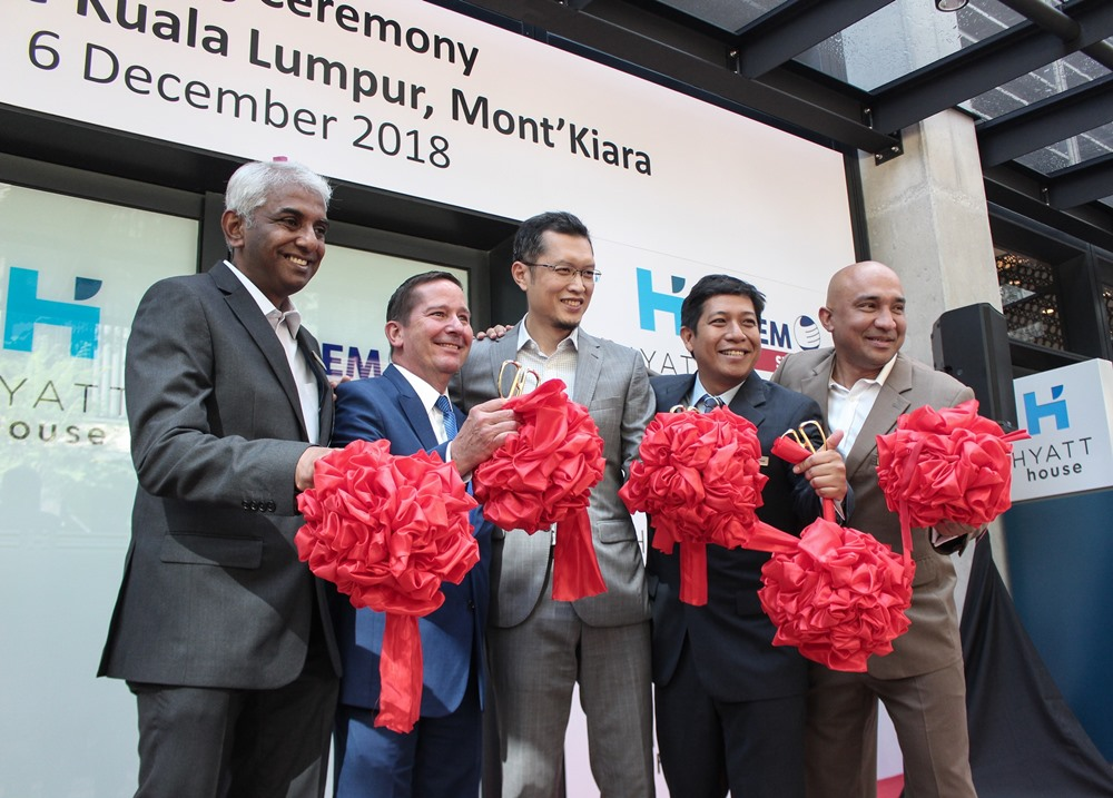 [L-R]: Michael Koffler; Regional Vice President of Hyatt Place/Hyatt House & Full Service Franchise Operations, Asia Pacific / Hyatt Hotels & Resorts [second from left], Anwar Syahrin Abdul Ajib; UEM Sunrise Managing Director/Chief Executive Officer [third from left], and Bennett Peter; Hyatt House Kuala Lumpur General Manager [far right] during the ribbon-cutting ceremony at the opening ceremony of Hyatt House Kuala Lumpur, Mont'Kiara.