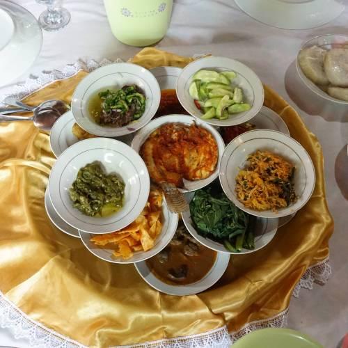 The foods at Rumah Makan Sawah Laman