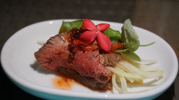 Seared red ant beef salad