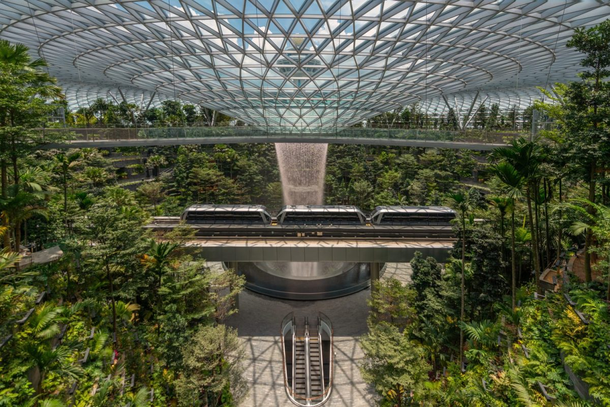 Jewel Changi Airport Opens to Public with a Gamut of Retail & F&B Experiences